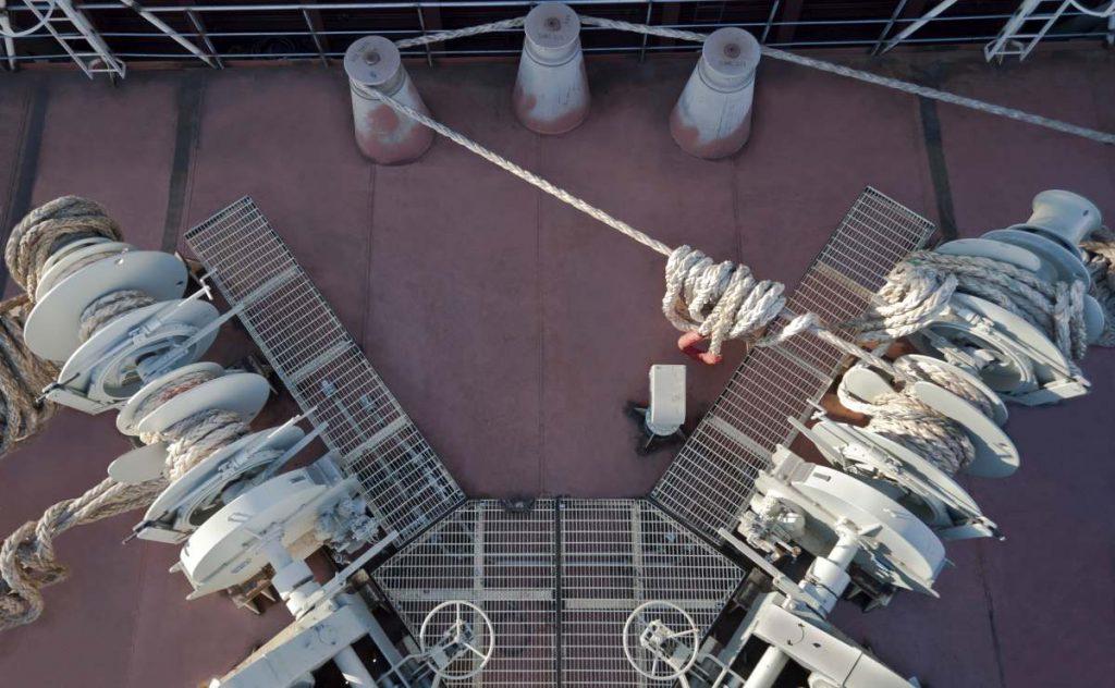deck-equipment-for-tanker-ship